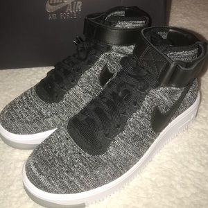 Women's Nike Air Force 1 AF1 flyknit sneakers Oreo